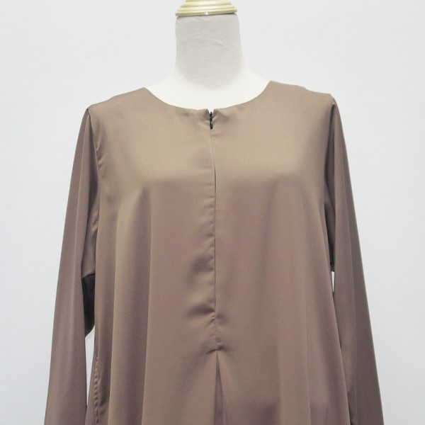 jubah-satin-cream-close-up